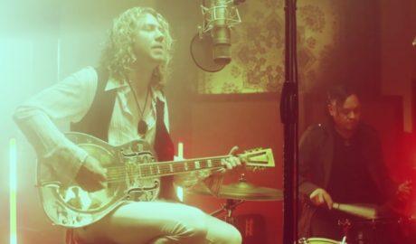 acoustic music videos 700